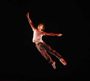 Billy Elliott, as performed by David Alvarez (Photo: http://www.billyelliottour.com/us-tour)